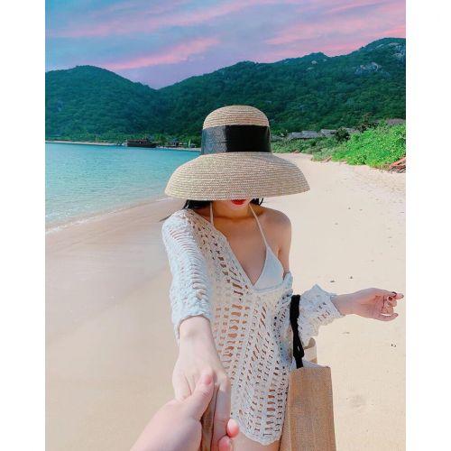 Học hỏi vài công thức diện áo bra đi biển